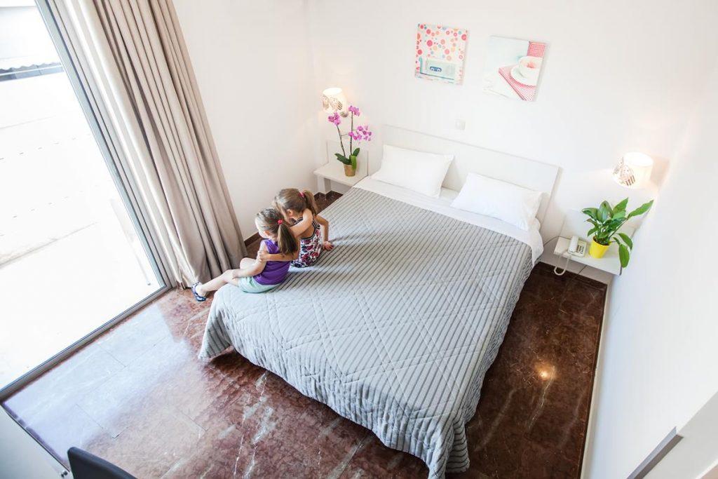 δωματια ναυπλιο - Elena Hotel
